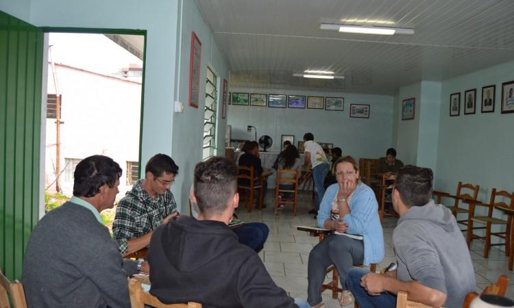 COMISSÃO MUNICIPAL DE JOVENS DO MEIO RURAL É CRIADA EM VACARIA