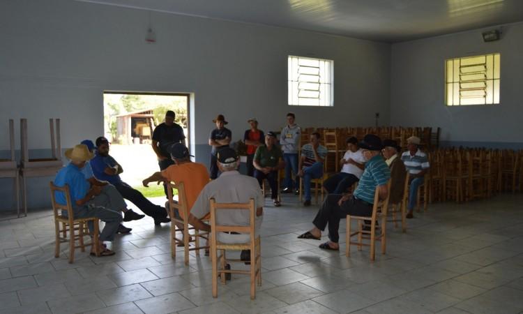 Moradores da Capela de Fátima cobram da prefeitura melhorias em estradas da região