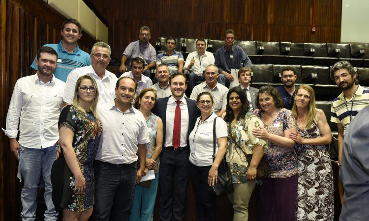 Aprovado Projeto que regulamenta a produção do Queijo Artesanal Serrano