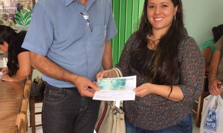 Sorteados recebem premiação do STR de Vacaria a Muitos Capões