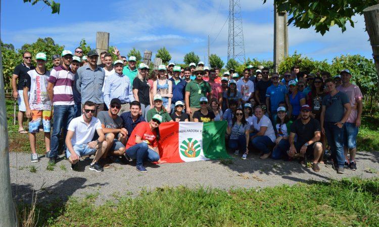 Intercambio da Juventude movimenta jovens de 11 regionais