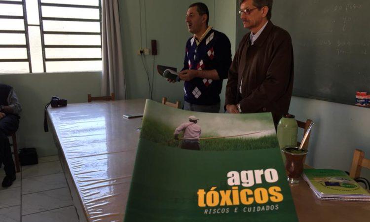 Cartilha sobre o uso de Agrotóxicos é lançada em Vacaria