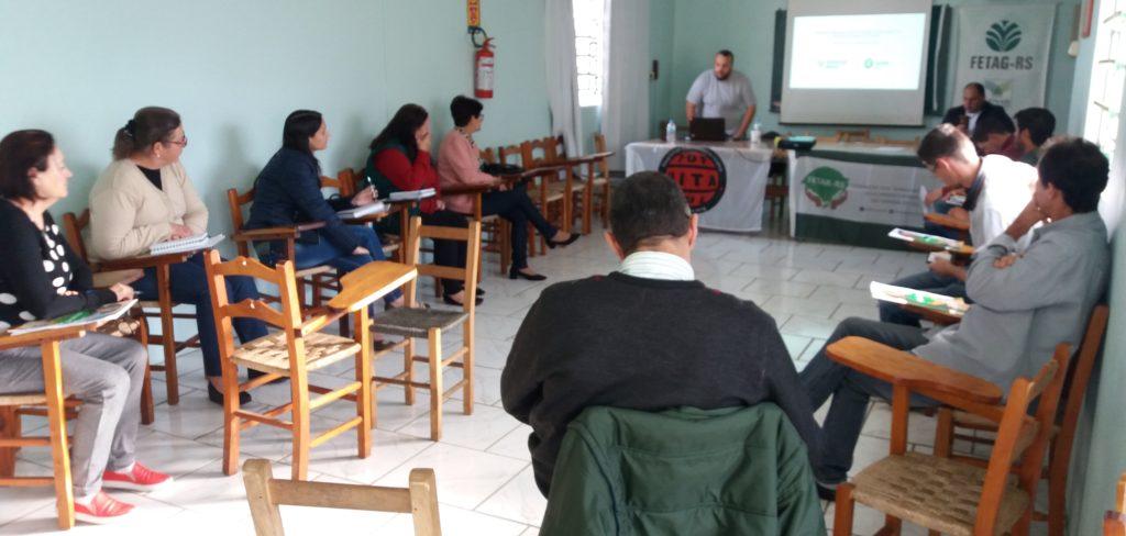 Encontro discute a Cadeia Produtiva e Certificação na sede do STR de Vacaria e Muitos Capões