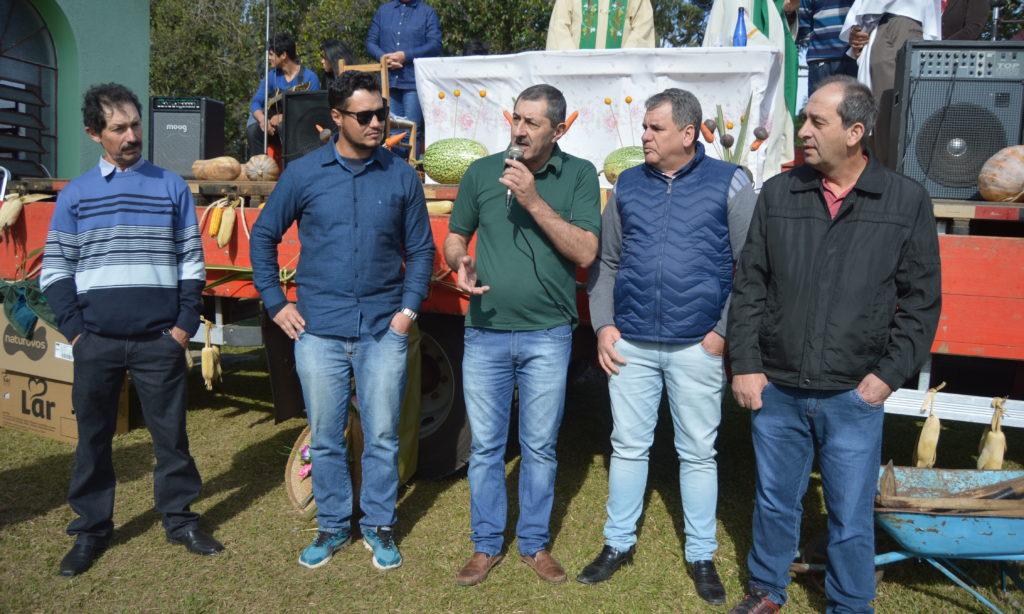 Mais de mil pessoas passaram pela Festa do Agricultor na Capela Santa Luzia em Vacaria
