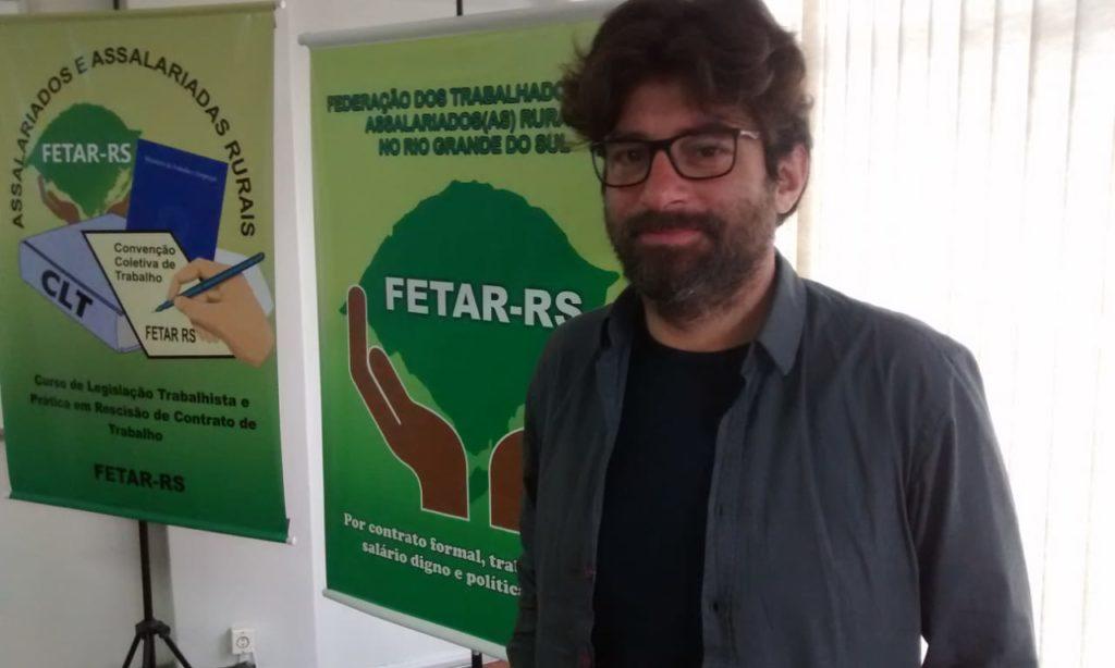 PROFESSOR ITALIANO PRESTIGIA CURSO SOBRE LEGISLAÇÃO TRABALHISTA DA FETAR RS