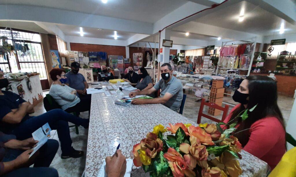 Feira de Pequenas Frutas, artesanato e Mel acontecerá em dezembro no Mercado Público